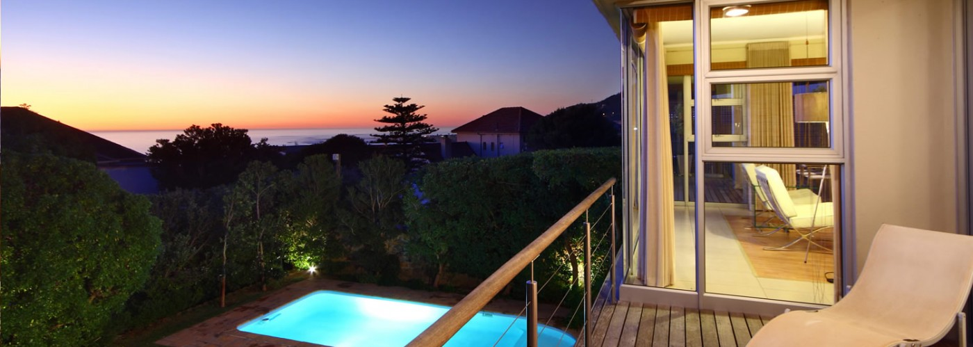 Luxury Villas with beautiful gardens in Cape Town