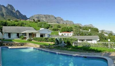 huntley-manor-camps-bay-Private Holiday Villas