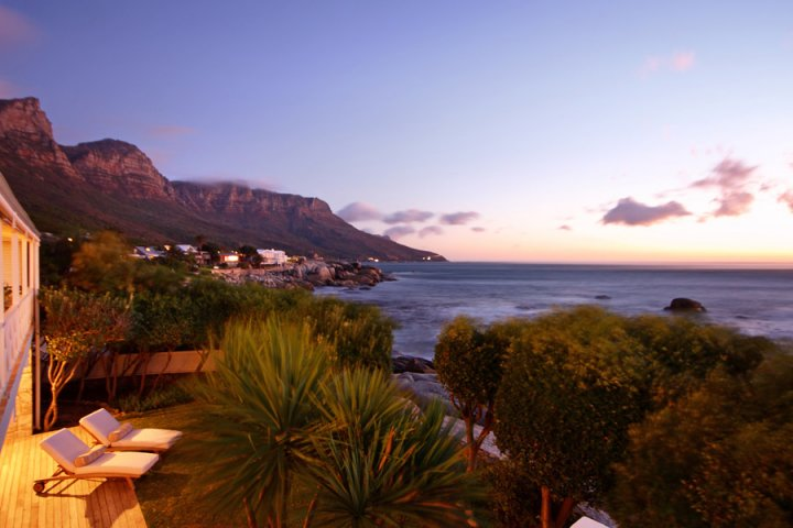 Beach villas Bakoven Cape Town holiday accommodation