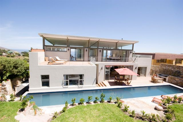 Accommodation Christmas Villa Holiday Cape Town
