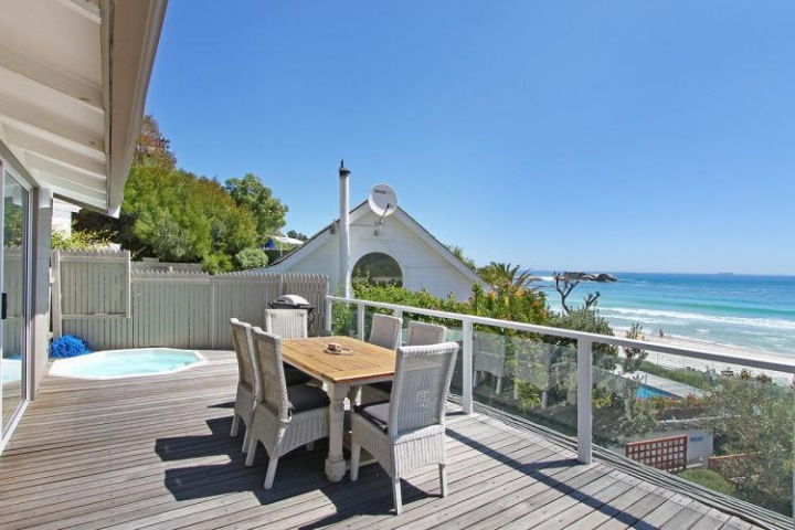 Holiday Accommodation Clifton self catering villa