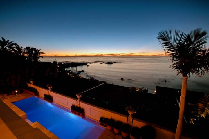 kloof-views-clifton-luxury-holida-villa