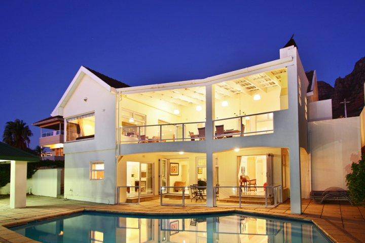 merridew-camps-bay-luxury-holiday-villa