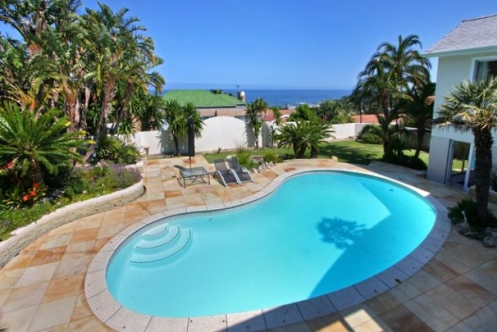 shanklin-villa-camps-bay-cape-town-luxury-villa