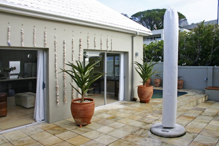 beach-shell-villa-camps-bay-luxury-holiday-home