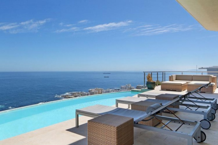 villa-titan-bantry-bay-cape-town-luxury-villa