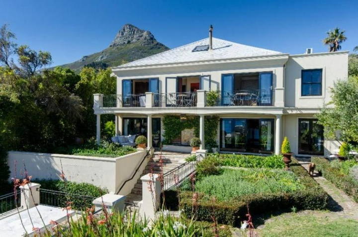 sedgemore-paradise-camps-bay-cape-town-Luxury-Villa