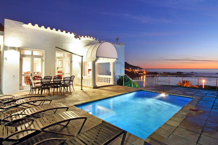 victoria-place-b-camps-bay-luxury-cape-town-villa