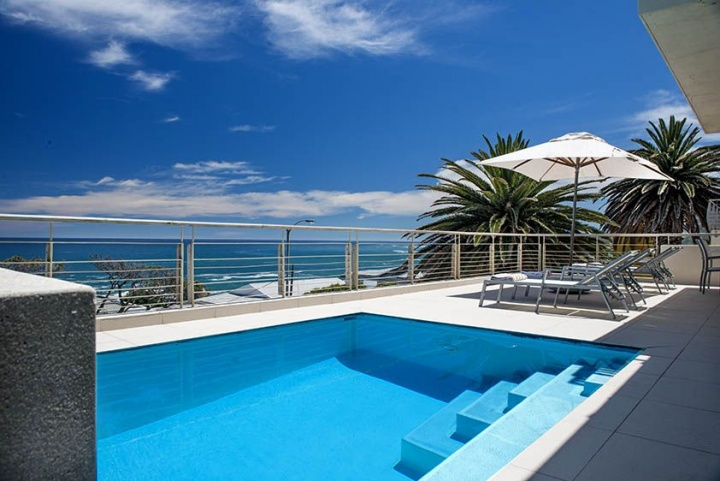 spacious-luxury-villa-views-terrace-bakoven-groups