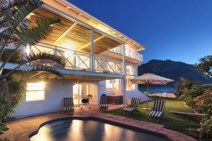 sandy-bay-villa-llandudno-Atlantic-Seaboard-Self-Catering-Holiday-Accommodation