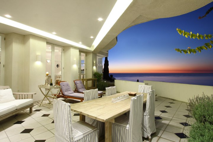 sundowner-2-bantry-bay-luxury-2-bedroom-self-catering-villa